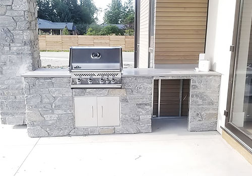 Outdoor Grill Display